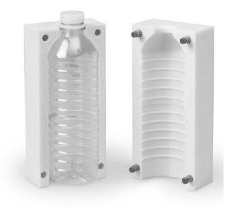 Wydruki 3D formy odlewnicze butelki