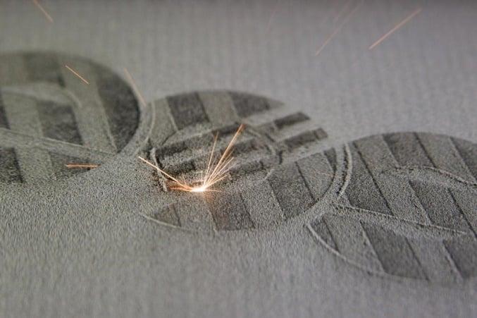spiek laserowy proszków metalowych